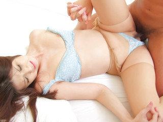 Horny businessman seduces sexy cougar Nanako Yoshioka in her house